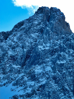The obvious line of The Maul (M7), Wedge Peak.