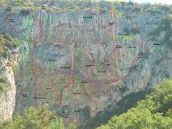 Il paretone di Ospo e i tracciati delle vie
