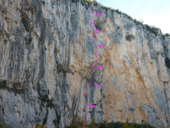 La Fiesta de los Metallos (210m, 8b, Olivier Dutel and Nico Potard 10/2013).