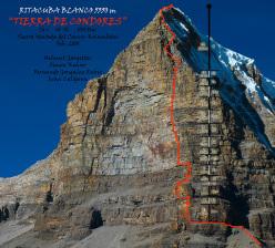 The route line of Tierra de Condores, (7a+, 800m, Helmut Gargitter, Simon Kehrer, Gonzalez Rubio, Ivan Calderon 02/2010), Ritacuba Blanco (5350m), Cordillera del Cocuy, Columbia.
