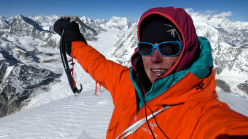 Ines Papert on the summit of Likhu Chuli I (6,719m), Nepal, 13/11 at 14:00