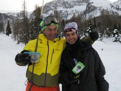 Progetto Icaro: Paolo Tassi con giovane freerider durante la prima tappa il 30/11/2013 a Passo San Pellegrino