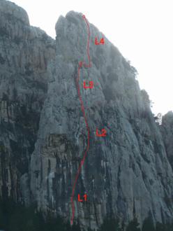 Tutto in una notte di luna piena (7a, 110m, Rosario Cammara, Fabio Failla 10/2013), Torri di Canolo, Aspromonte