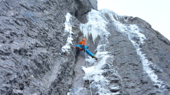 Robert Jasper climbs The Black Death at Kandersteg