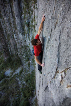 Alex Honnold making a solo ascent of El Sendero Luminoso (7b+/c, 500m) El Toro, Potrero Chico, Mexico.