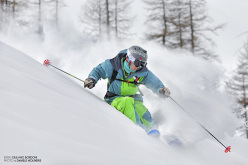 The priceless excitement of carving though a cloud of white powder, with Giuliano Bordoni