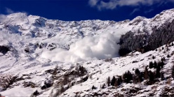 The enormous avalanche that hit Val Passiria, South Tyrol on Thursday 7 January 2014.