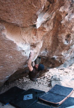 Bouldering at Bishop, USA: Acid Wash, Happy Boulder