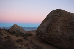 Boulder at Bishop, USA: tramonto a Buttermilks