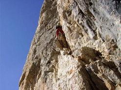 Cima D'Angheraz, parete NO, via Massarotto – Zonta (Pale San Martino, Dolomiti)