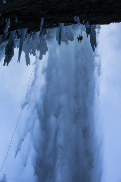 Will Gadd climbing Overhead Hazard at Helmcken Falls, Canada.