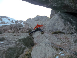 Climbing pitch 7 of Via Forrest G.A.M.P. (Tito Arosio, Francesco Milani Capialbi, Michele Tapparello 15/02/2014)