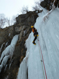 Ice climbing in Vallone di Sea