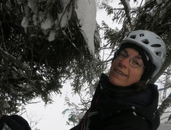 Ice climbing in Norway: Manuela Motta