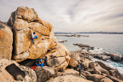 Anthony Gullsten climbing New Highball at the Baia dei Francesi, La Maddalena