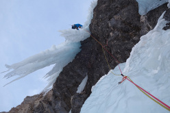 Wolfgang Hell and Pavol Rajcan on 15/03/2014 during the first ascent of Evolution (WI 5+ M9+).