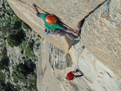 Giovanni Manconi climbing the final pitch of Bionda Sardegna (6b, 120m)
