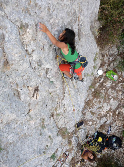 Elena Oviglia climbing at the Sector Pizzinnos.