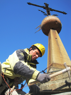 Gualtiero Colzada repairing the Piuro church tower in Valchiavenna