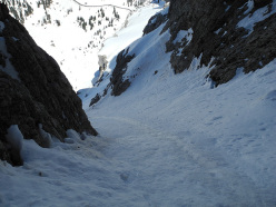 The gulley on the Murfreid North Face skied by Hermann Comploj.