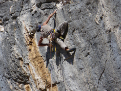 Manolo and Mario Nebiolo during the first ascent of Mago e Megu at Toirano