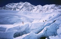 Crossing the Icefall in 2003