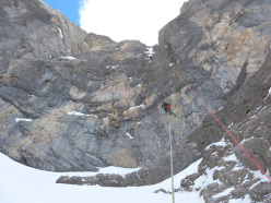 Simon Kehrer and Roberto Tasser on 14/04/2014 skiing down Sasso delle Dieci: the final abseil