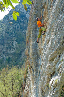 Maurizio Oviglia making the first ascent of the newly bolted route.