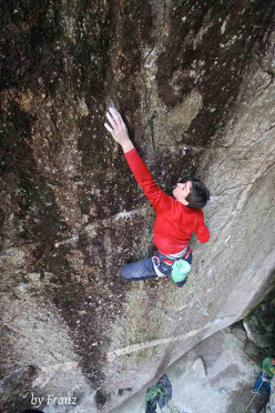 Stefano Carnati climbing Spirit Walker 8c, Sasso Remenno, Val di Mello