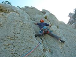 G. Manconi climbing Ghinavu (185m, 7b (6b+ oblig) L. Dagani, M. Florit, E. Pinotti, 31.03/1.04.2014) Bruncu Nieddu west face