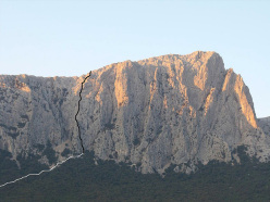 Nati con la camicia (7b, 460m, Ivan Feller, Luca Ondertoller, 2010) Punta Cusidore
