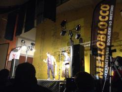 Un momento dello spettacolo al Melloblocco 2014
