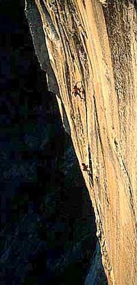 Arrampicare sulla meravigliosa Golden Gate, El Capitan, Yosemite (USA).