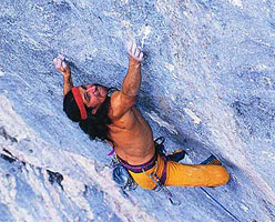 Alexander Huber in 1992 on the crux of Om 9a, Triangel, Austria.