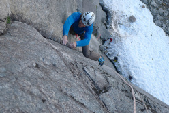 Thomas Meling during the first free ascent of Ikaros, Blåmannen