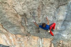 Alexander Megos making the first ascent of Et dieu créa la Flemme 9a+, Ceuse