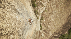 Mayan Smith-Gobat e Ben Rueck su Place of Happiness, Pedra Riscada, Brasile