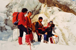 The Ragni di Lecco alpinists on the glacier