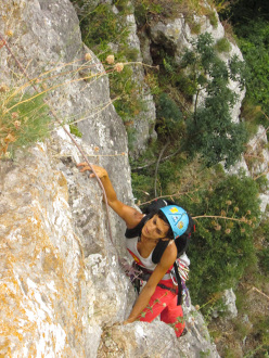 Wasted years (115 m, 7c or 6c/A0, RS3, Riccardo Quaranta, Agnese Flavi) Monte della Foresta, Molise: on pitch 1