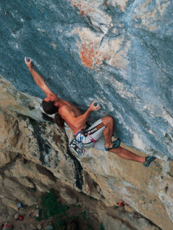 1996. Alexander Huber on the crux of