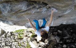 Silvio Reffo climbing at Flatanger