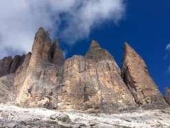 The walk around the Tre Cime di Lavaredo