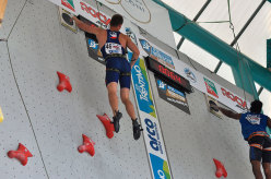 Anouck Jaubert and Libor Hroza win the IFSC Speed Climbing World Cup