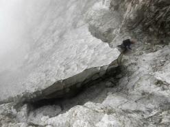 Pioggia, nebbia e nevai rendono più complicato del previsto l'orientamento lungo la salita dello Jannetta