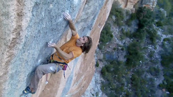 Chris Sharma sale Golpe De Estado a Siurana, Spagna