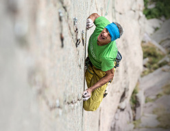 Manolo climbing Pinne Gialle (Tognazza, Passo Rolle, Dolomites)