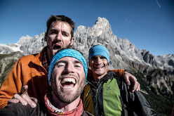 Eric Girardini (Mountain Guide), Matteo Mocellin (photographer) and Manolo