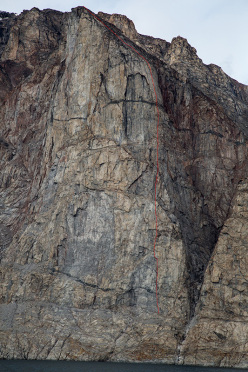 Baffin, east coast, Sam Ford Fjord, Lurking Tower: Up the Creek without a Paddle (E5 6a , 5.11+, 500m, Sean Villaneuva, Ben Ditto 15-16/08/2014)