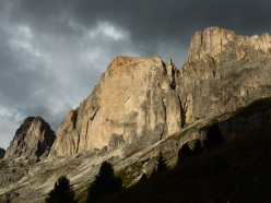 Dolomites climbing: Roda di Vael