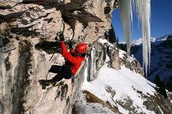 Martin Riegler climbing 'La sor blanche', Val Lunga (Val Gardena), Dolomites